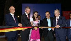 (L-R): Dr. Jürgen Morhard, German Consul in Mumbai; Bernhard Steinrücke, Director General, IGCC; Evelyn Sharma, Bollywood actress; Ajoy Mehta, Hon. Municipal Commissioner of Mumbai; and Dr. Martin Schairer, Hon. Deputy Mayor of Stuttgart; inaugurate German Days in Mumbai 2.0